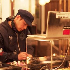 DJ 今越 宏明