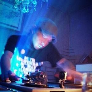 DJ Hideki